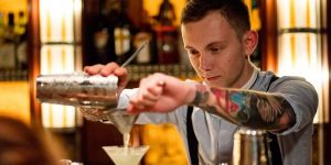 hire a cocktail bartender Brisbane